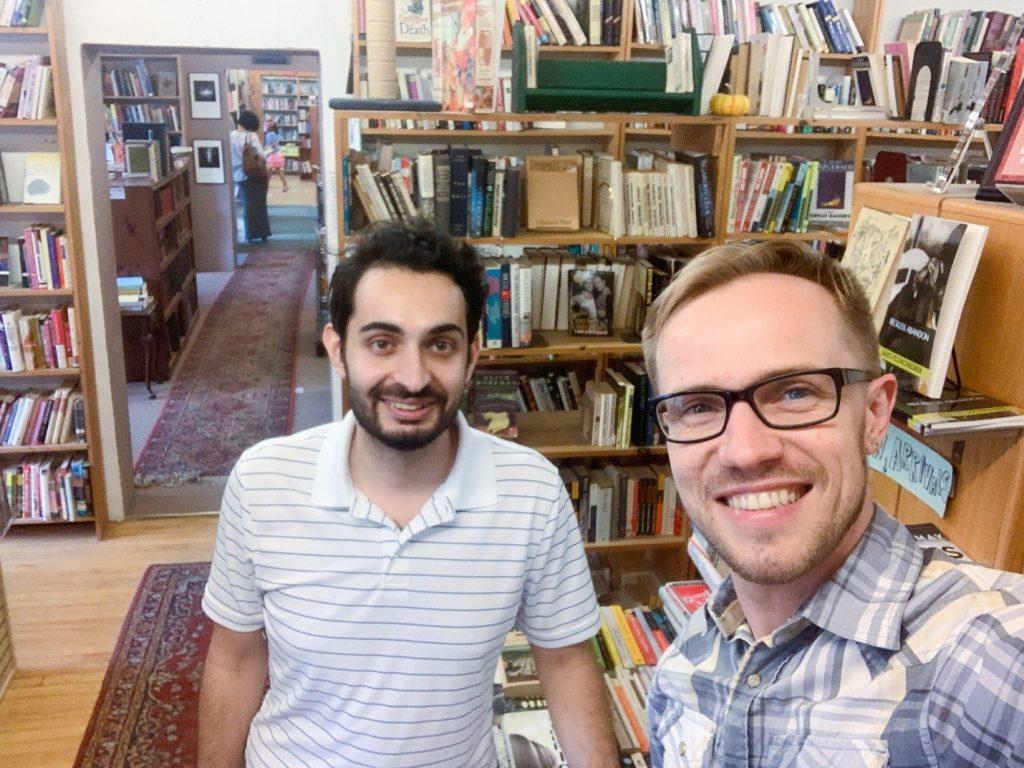 """В букинистической лавке """"Books & Melodies"""" 08 июля 2020 г. Слева-направо: Зейд (26, Турция), Юра."""