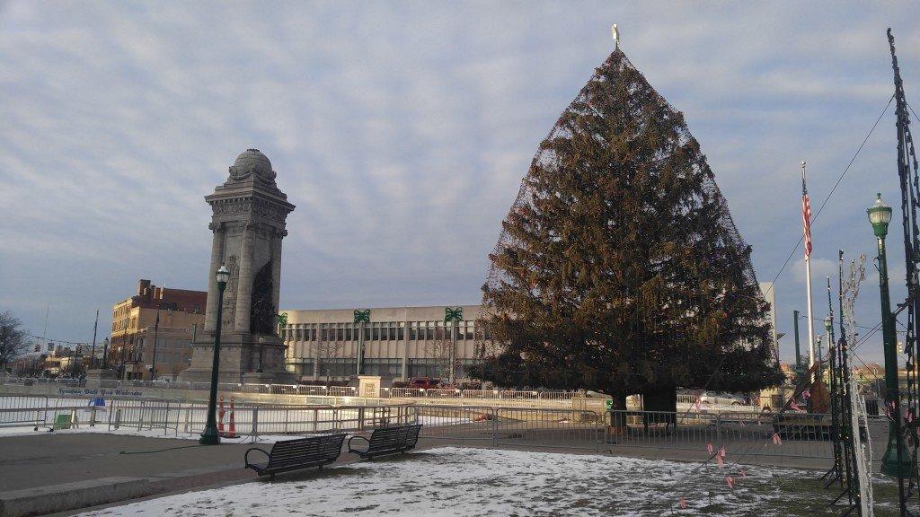 В центре Сиракуз перед Рождеством 2